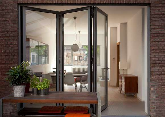 Comparing Reynaers Bifolding Doors with AluK and Smarts